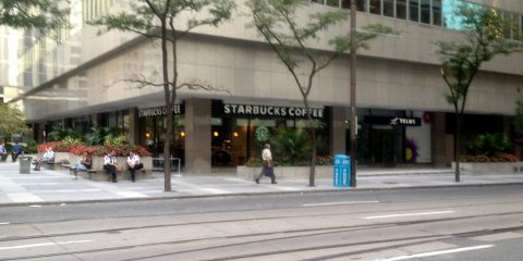 Starbucks – Adelaide & York